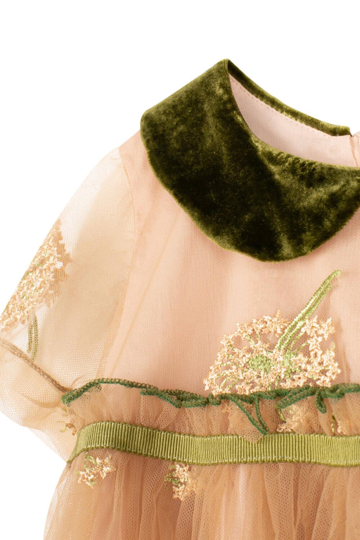 Золотое платье для девочек с зеленым воротником