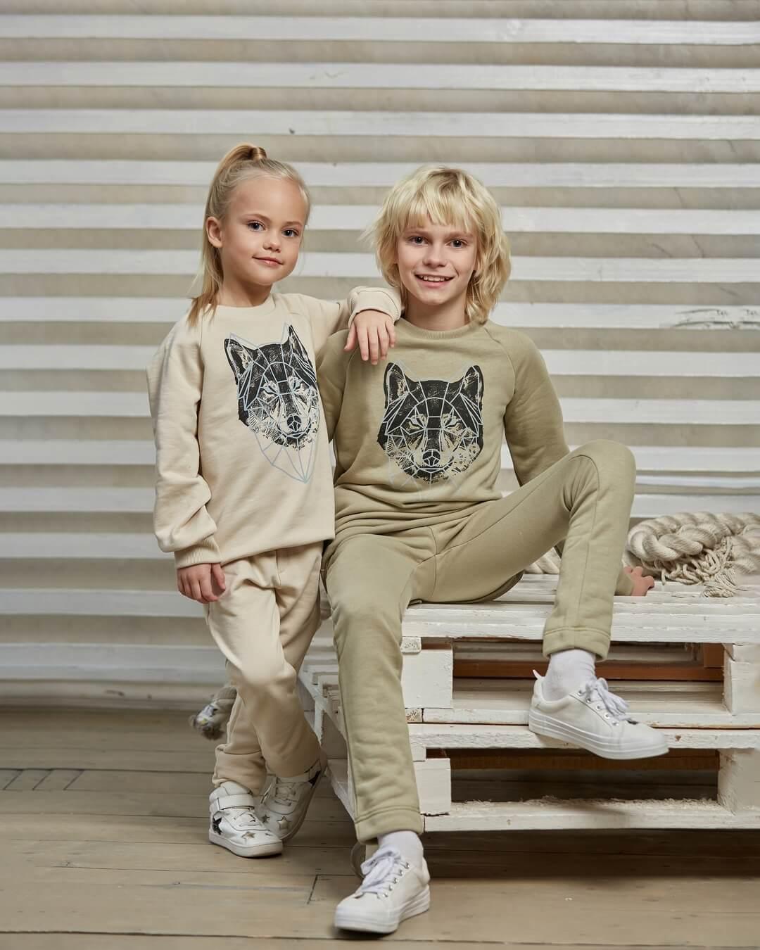 детский комплект одежды для девочки